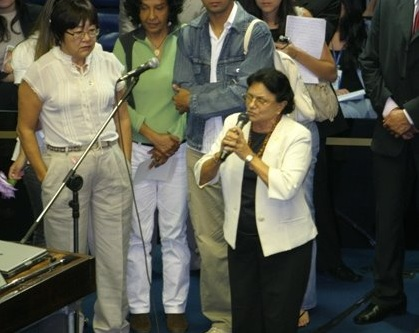 D. Zeneida cantar na abertura da Comissão Mista Permanente sobre Mudanças Climáticas